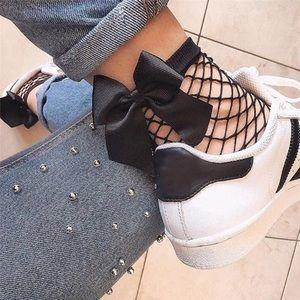 🔥SALE Black Bow Fishnet Crew Socks! 🆕🎱💸🌚